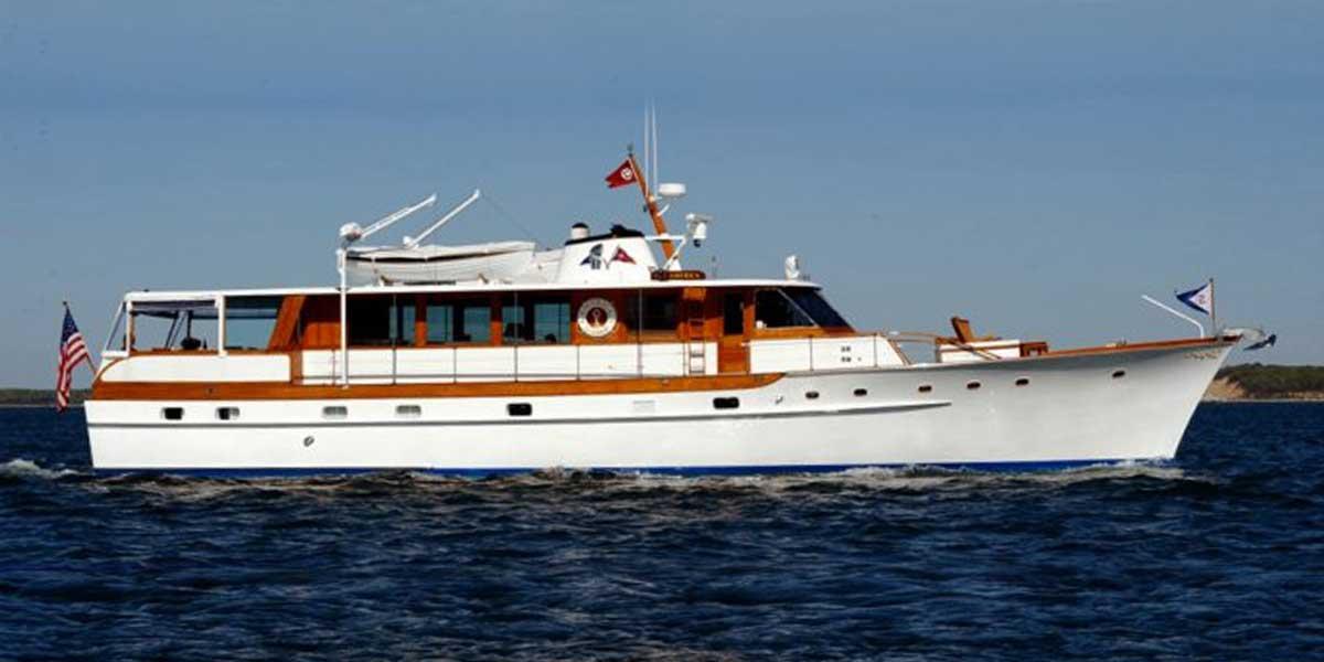 Classic Motor Yacht America