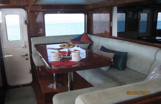 Classic Motor Yacht Beyond Capricorn Saloon