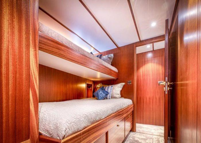 Classic Motor Yacht Chantella Cabin