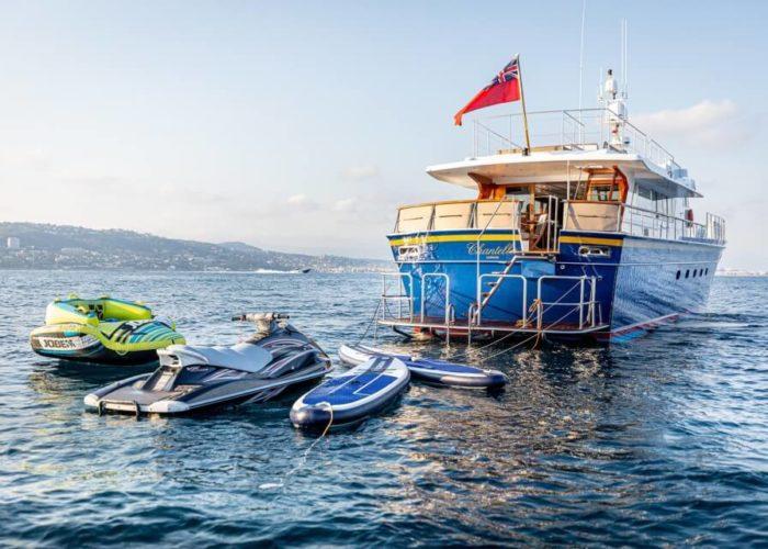 Classic Motor Yacht Chantella Stern