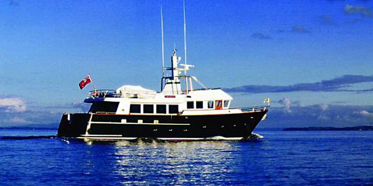 Classic Motor Yacht Escapade