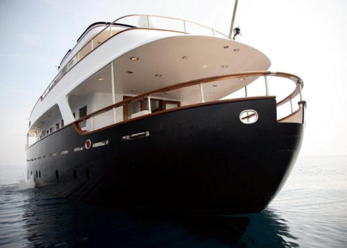 Classic Motor Yacht Happy Hour Stern