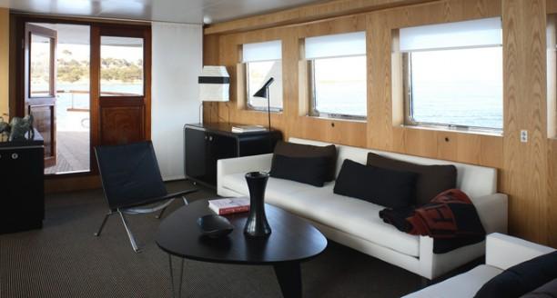 Classic Motor Yacht Happy Saloon
