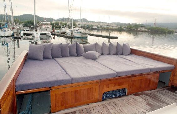 Classic Motor Yacht Lady Hoo Sun Deck