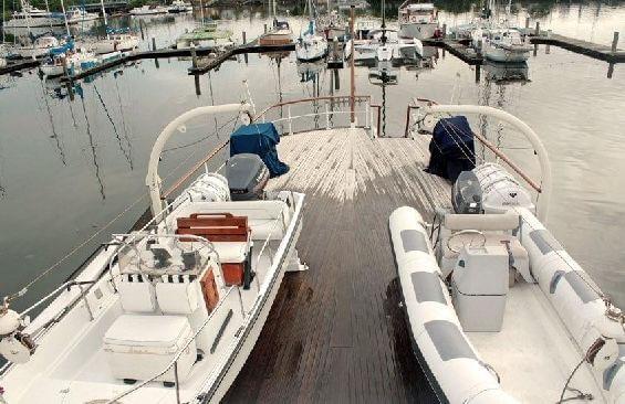 Classic Motor Yacht Lady Hoo Tenders