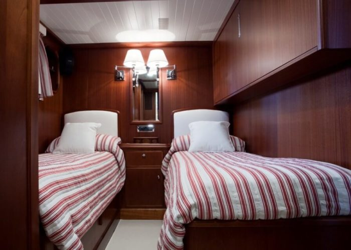 Classic Motor Yacht Marhaba Twin Cabin