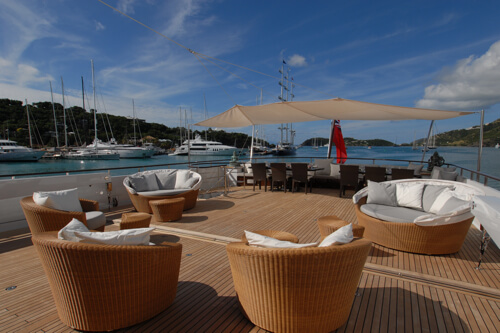 Classic Motor Yacht Mirage Deck Seating