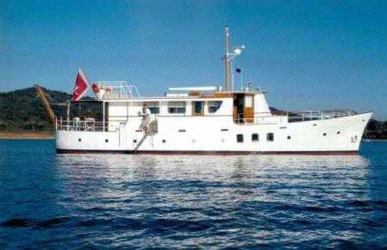 Classic Motor Yacht Noneta Profile