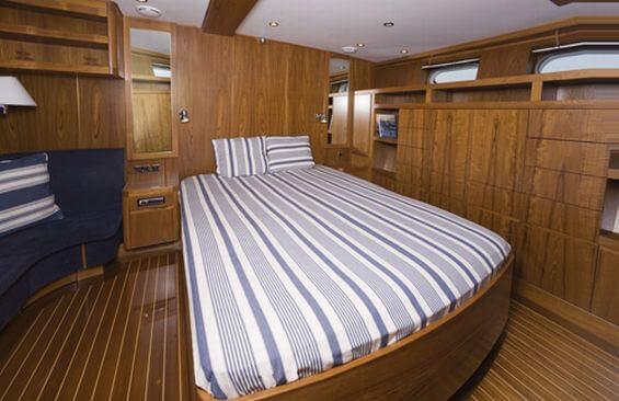 Classic Motor Yacht Stella Nova Cabin