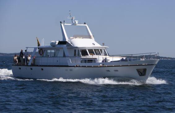 Classic Motor Yacht Stella Nova Starboard Side