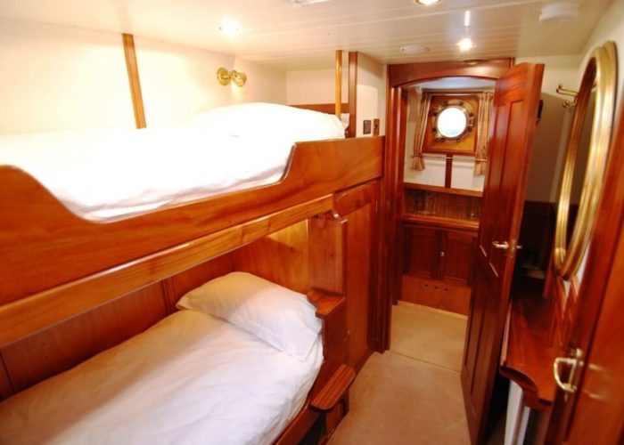 Classic Motor Yacht The Randle Guest Cabin