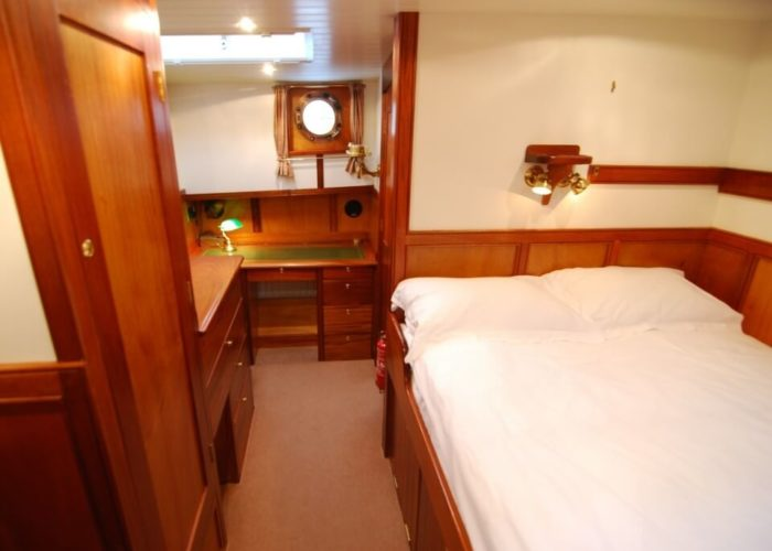 Classic Motor Yacht The Randle Master Cabin
