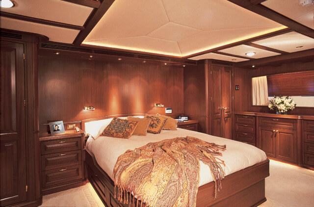 Classic Motor Yacht Tivoli Master Cabin