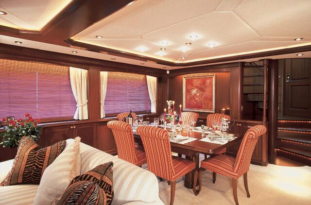 Classic Motor Yacht Tivoli Saloon Dining