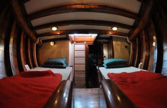 Classic Sailing Yacht Alzavola Cabin