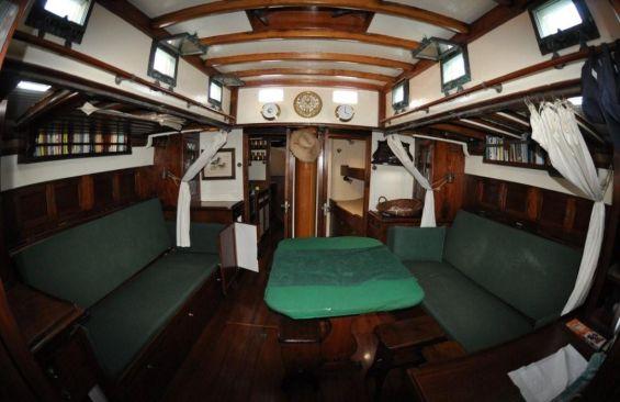 Classic Sailing Yacht Alzavola Saloon