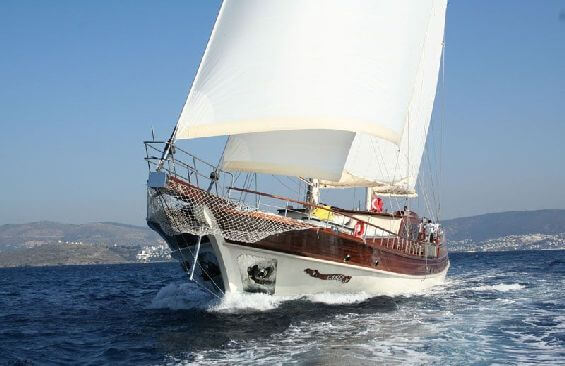 Classic Sailing Yacht Caner 4 Bow