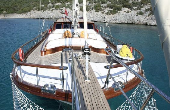 Classic Sailing Yacht Caner 4 Foredeck