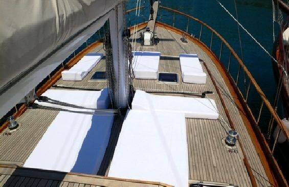 Classic Sailing Yacht Dea Delmare Foredeck