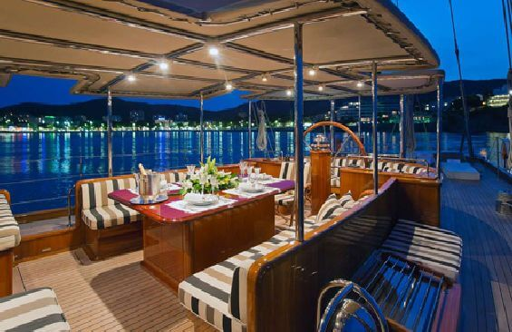 Classic Sailing Yacht Gweilo Dining On Deck