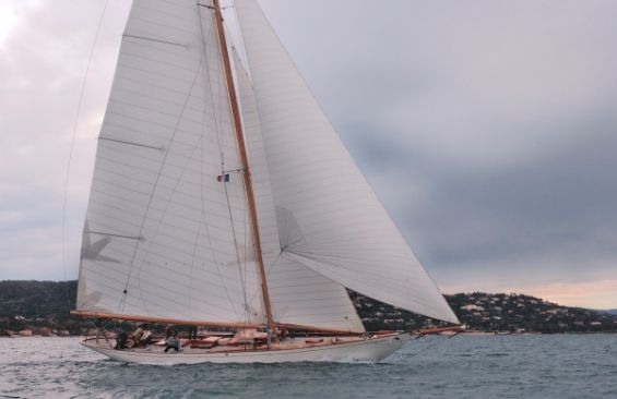 Classic Sailing Yacht Halloween Profile