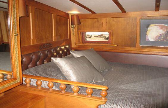 Classic Sailing Yacht Haparanda Cabin