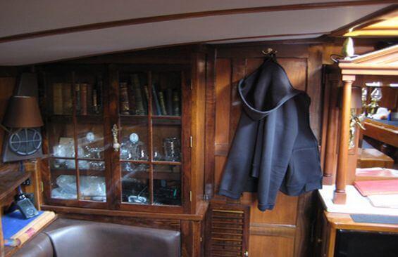 Classic Sailing Yacht Haparanda Saloon
