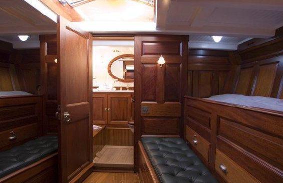 Classic Sailing Yacht Moonbeam III Cabin