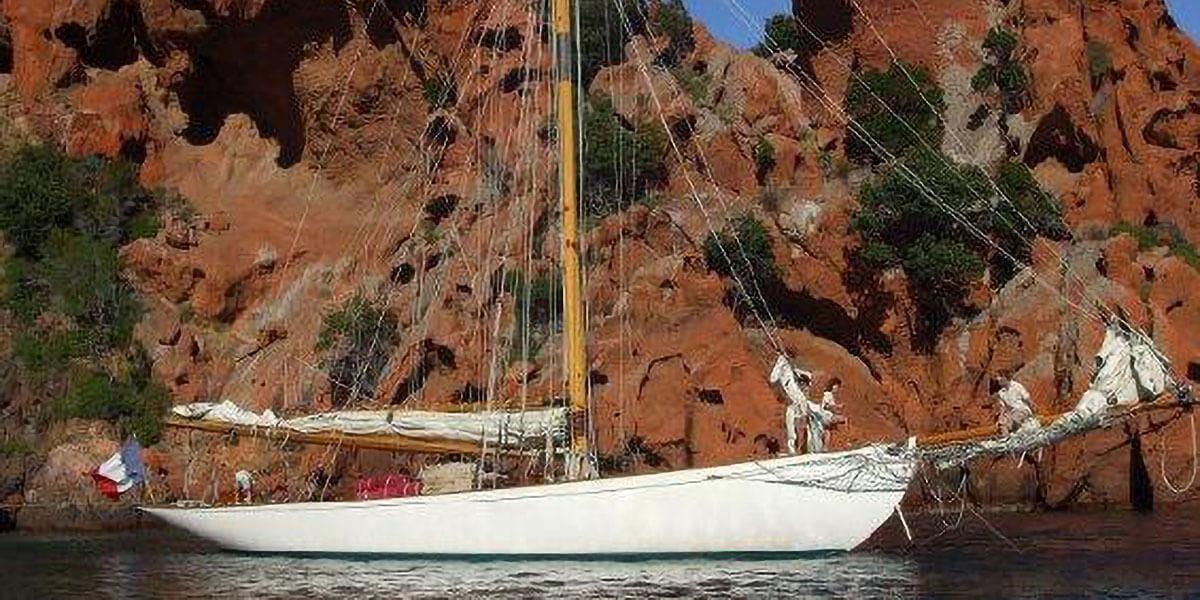 Classic Sailing Yacht Moonbeam III