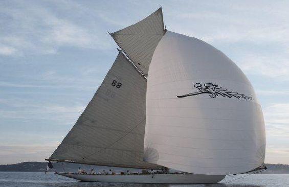 Classic Sailing Yacht Moonbeam III Under Sail