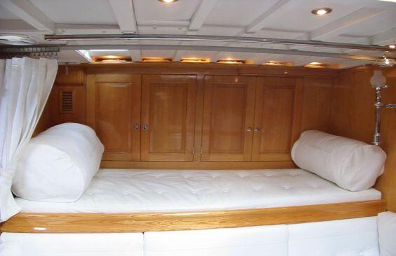 Classic Sailing Yacht Samarkand Bunk