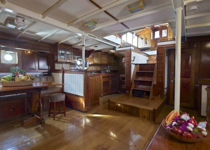 Classic Sailing Yacht Sunshine Companionway