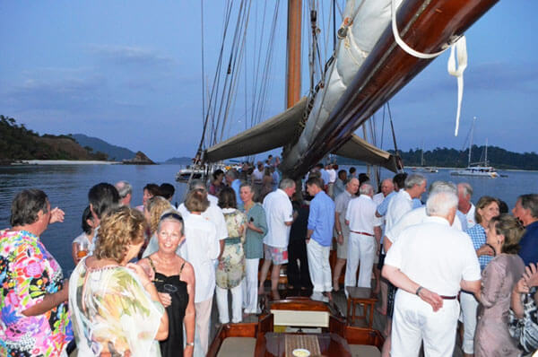 Classic Sailing Yacht Sunshine Group Picture