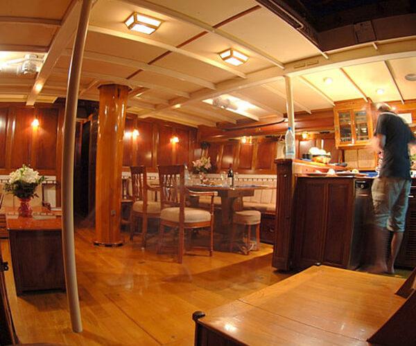 Classic Sailing Yacht Sunshine Saloon