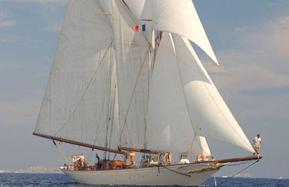 Classic Sailing Yacht Sunshine Under Sail