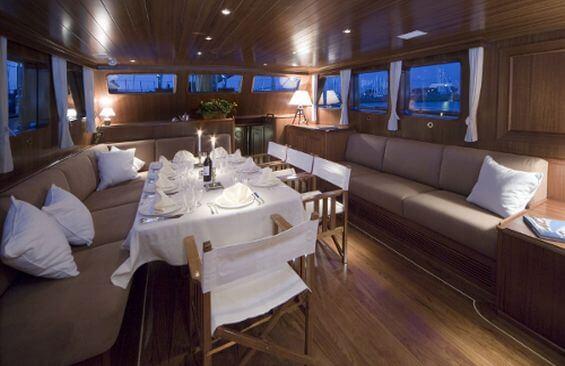 Classic Sailing Yacht Tiziana Dining Table