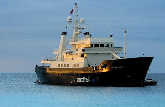 Expedition Vessel Bleu De Nimes Anchored