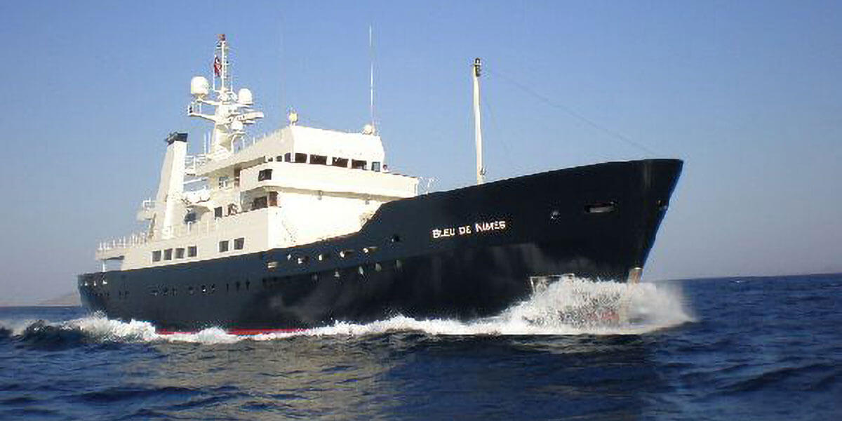 Expedition Vessel Bleu De Nimes
