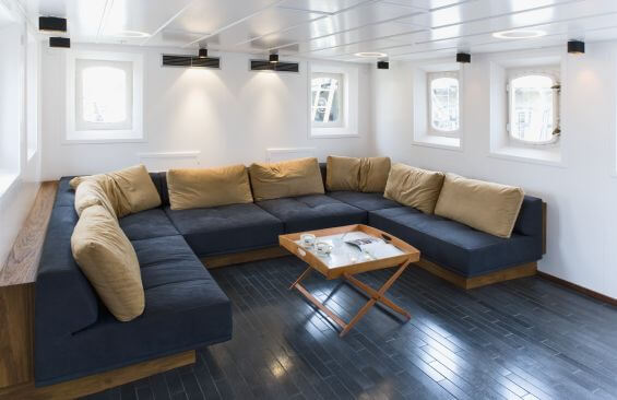 Expedition Vessel Navigator Saloon