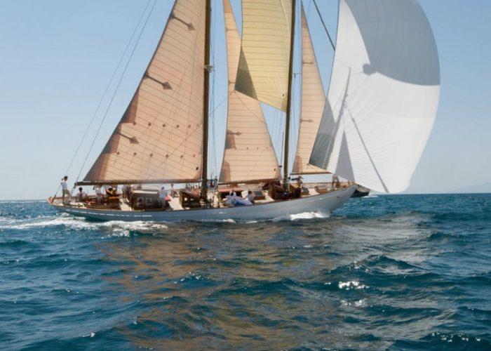 sailing-yacht Orianda spiniker