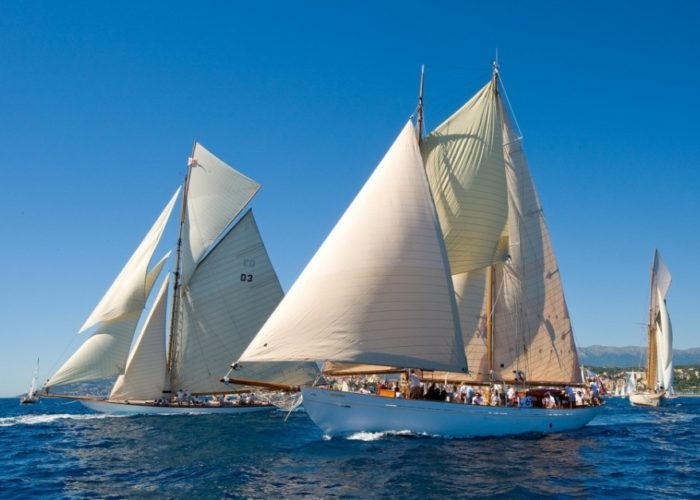 sailing yacht Orianda under sail