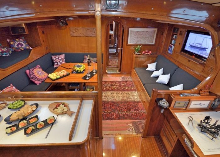 sailing yacht tangaroa saloon overview