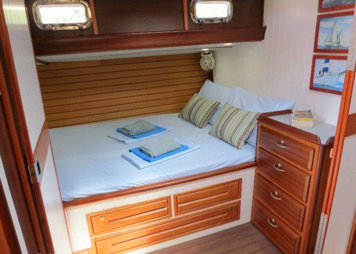 Classic Sailing Yacht Desiderata Master1