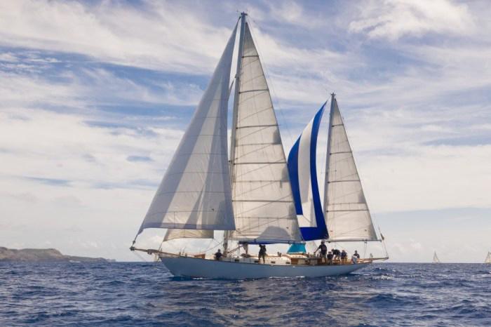 Classic Sailing Yacht Desiderata Under Sail 01