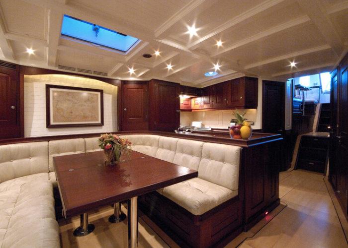 Classic Sailing Yacht Aurelius Saloon