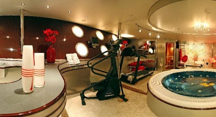 Classic Motor Yacht Sherakhan Gym And Spa