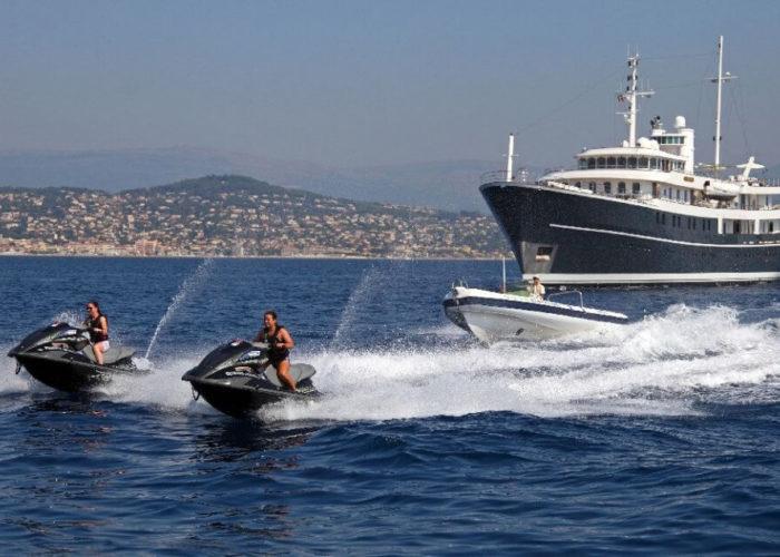 Classic Motor Yacht Sherakhan Jetskis And Tender