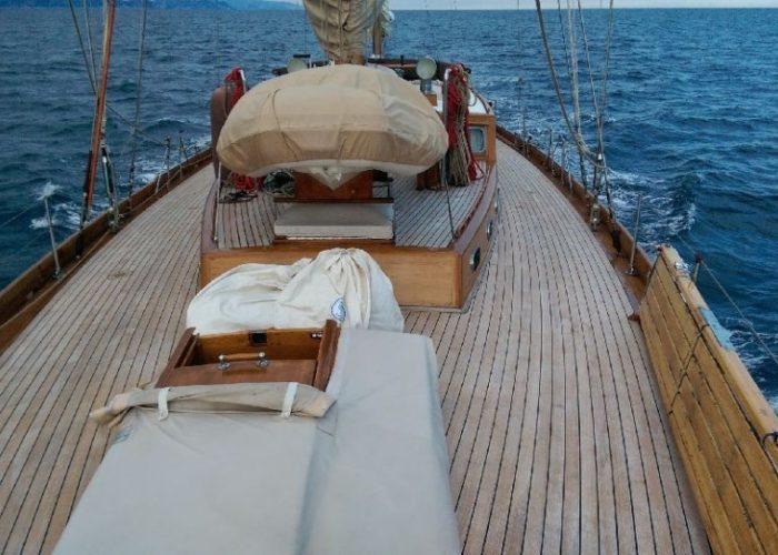 sailing yacht Paulena fore deck