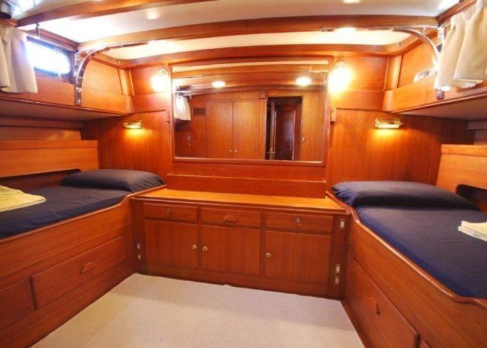 sailing yacht Paulena master cabin