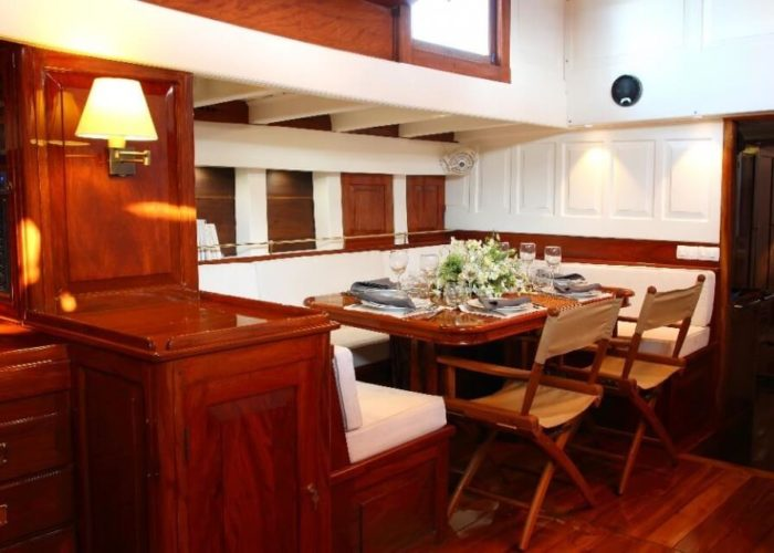 Classic Sailing Yacht Aventure Dining